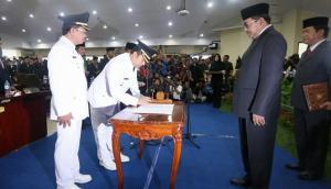 pelantikan walikota -  si doel vivanews